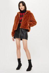 abrigo corto peluche