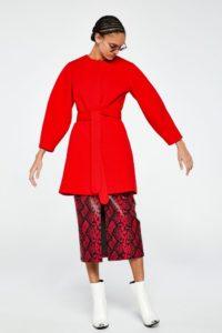 look rojo, blazer roja